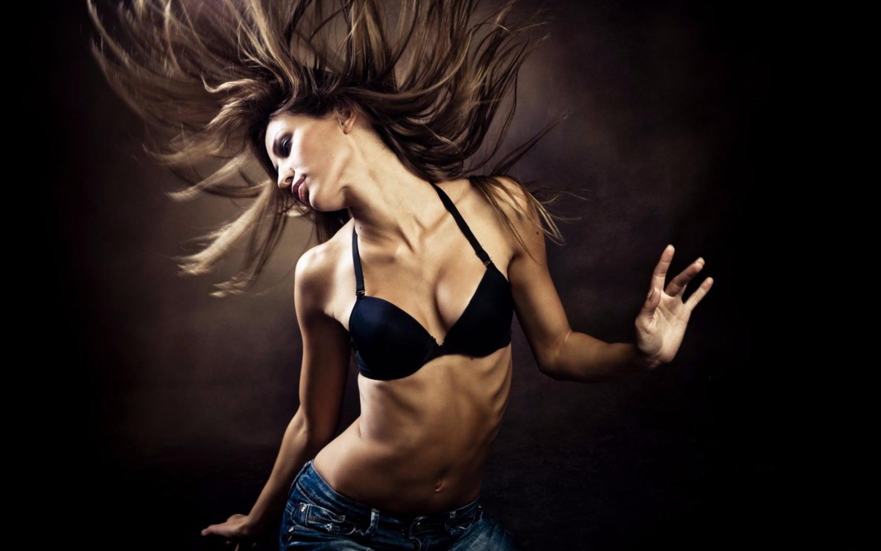 ведь дура видео красивое тело красиво танцует оковы предрассудков смотрите